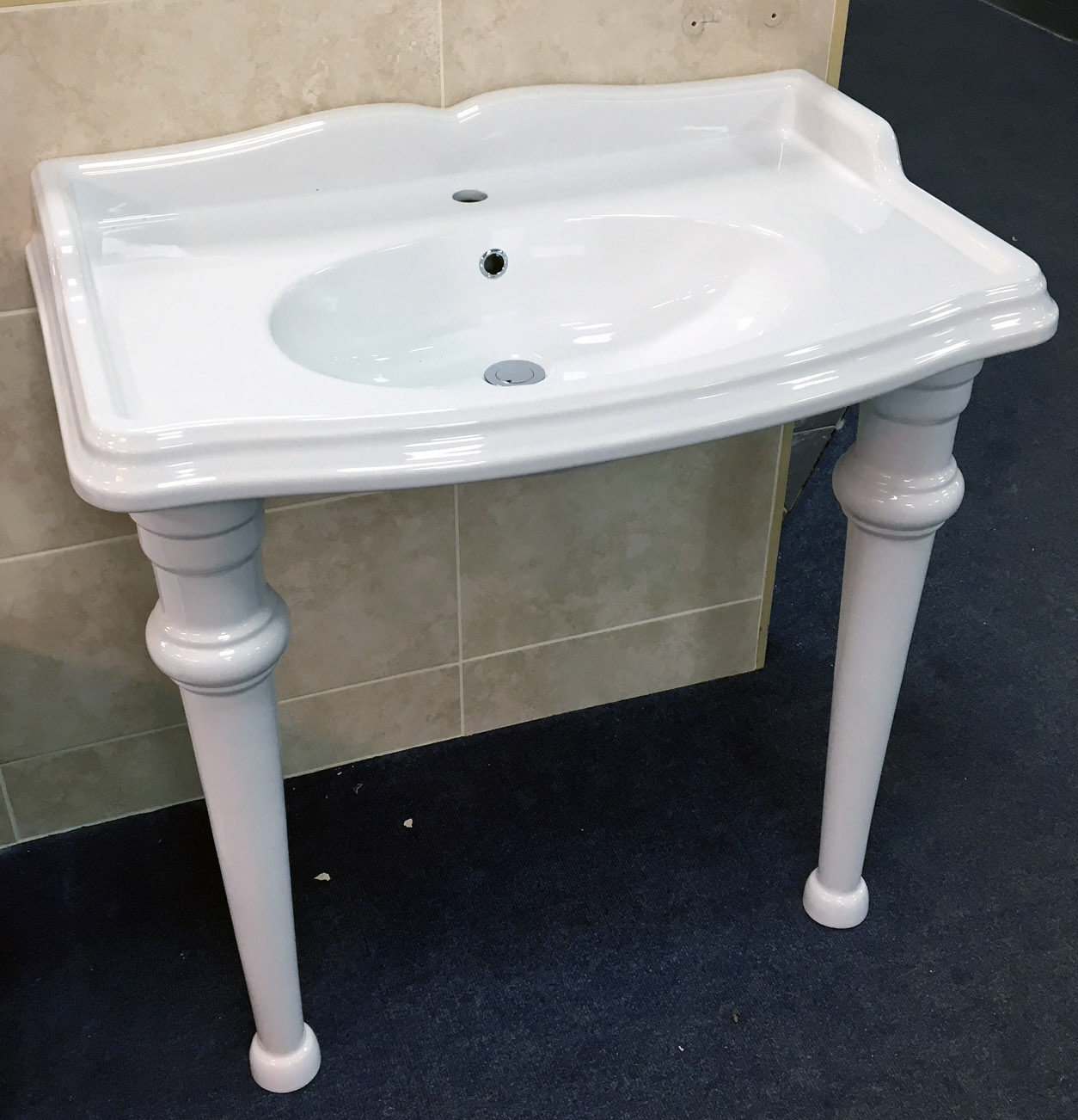 bathroom sinks with legs greenwood traditional style 90cm console basin sink with 16655