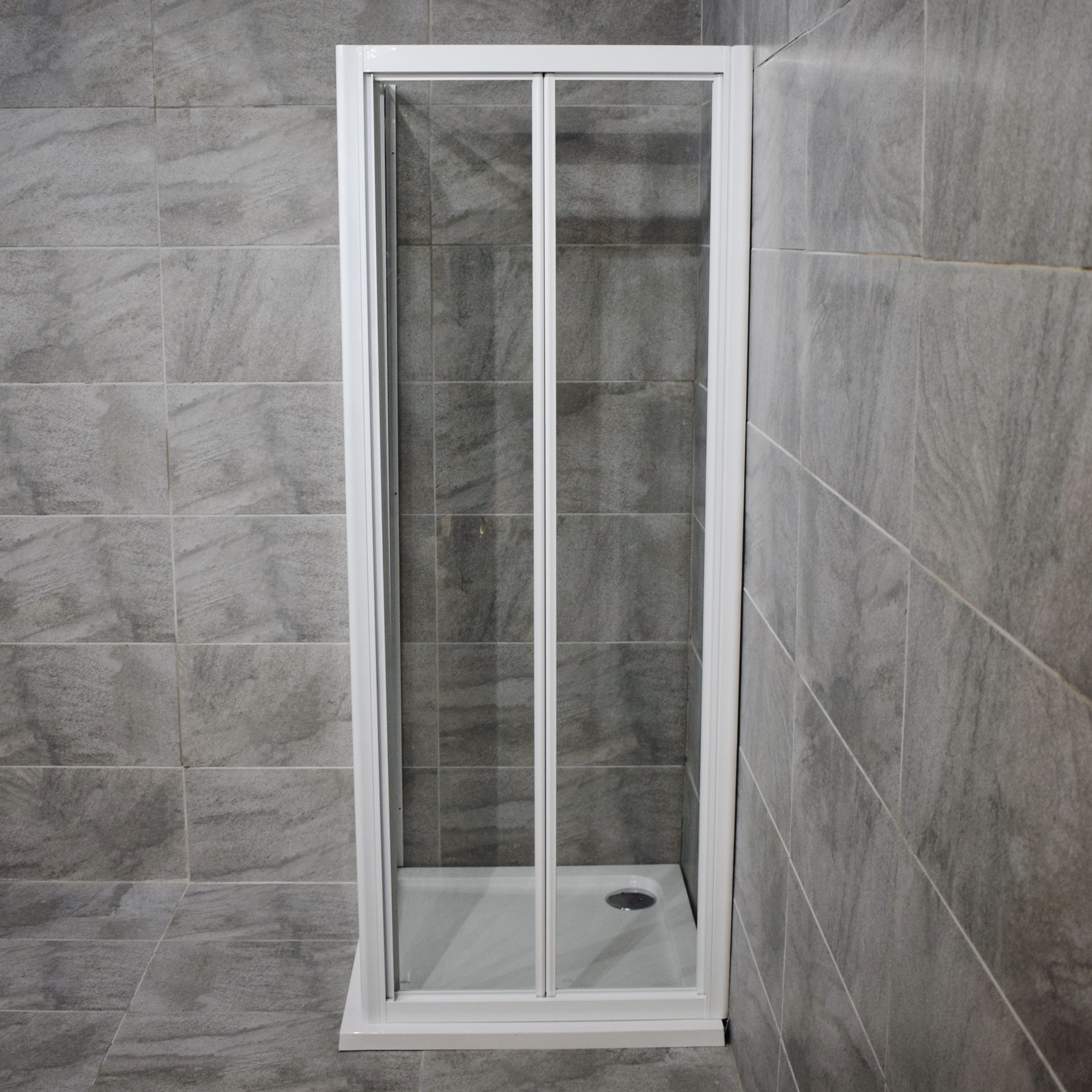Homebrand 760mm White Bi Fold Shower Door With Side Panel Tray