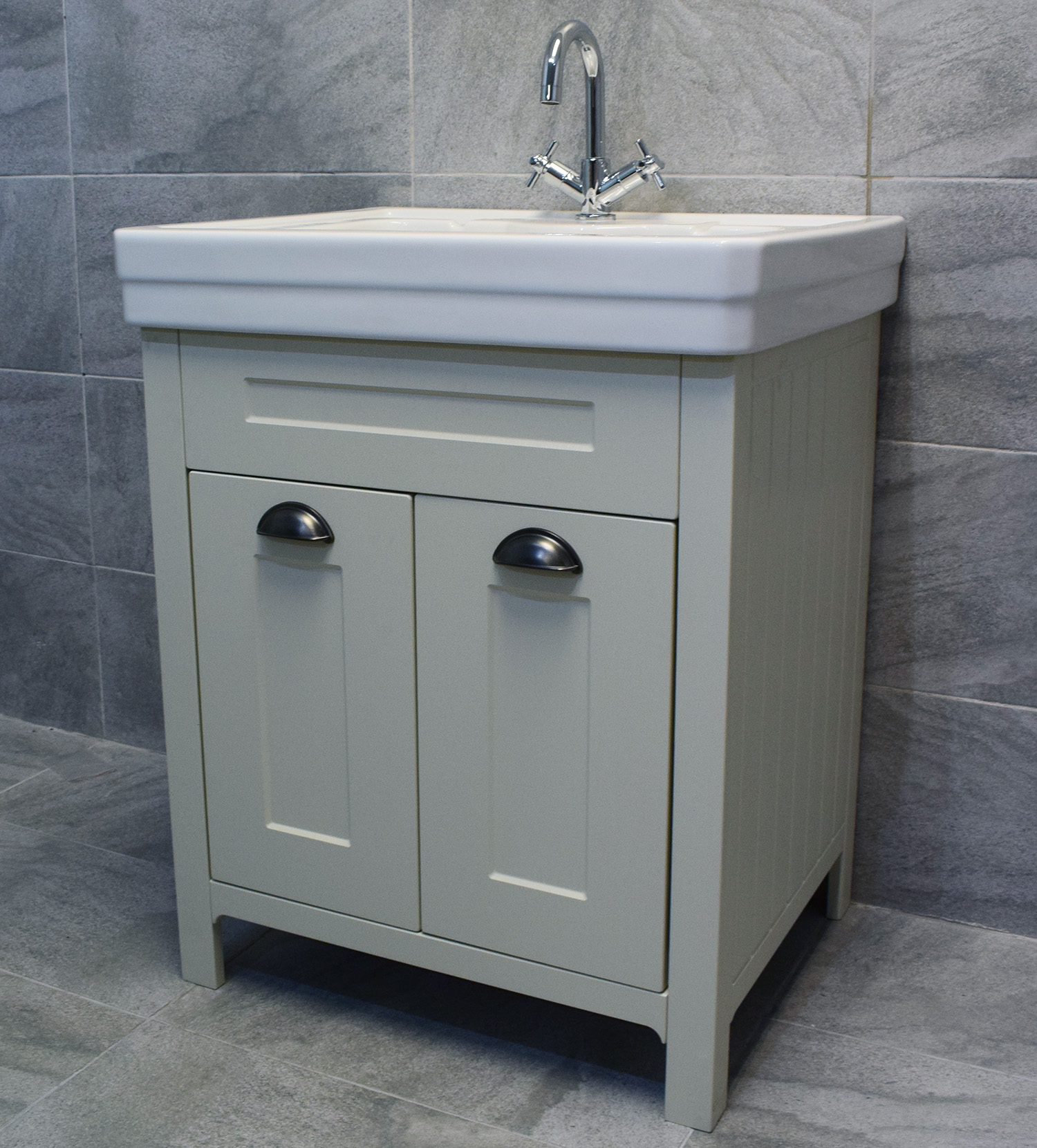 Chichester 600 Or 700mm Bathroom Vanity Unit In Mussel Oak