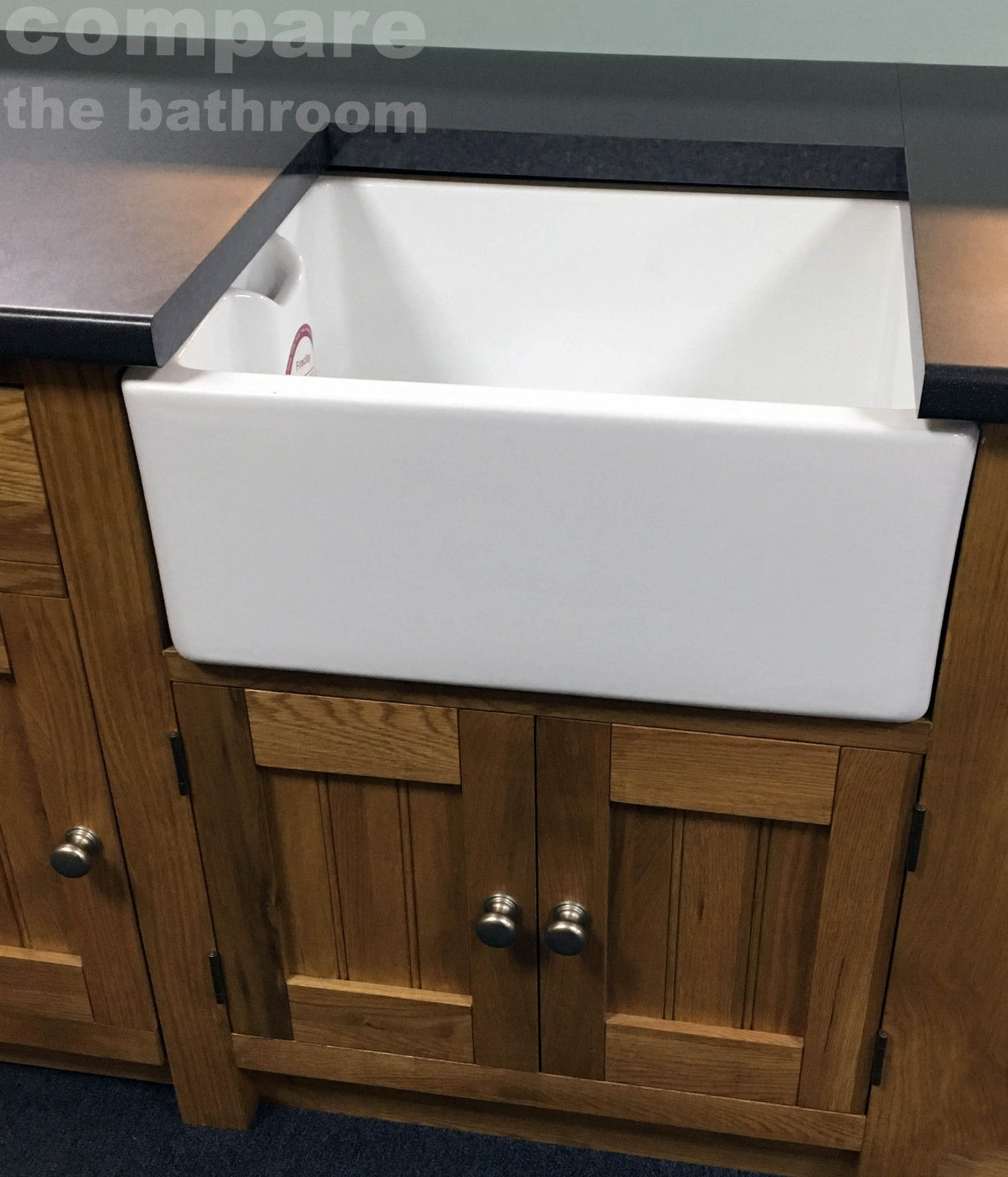 Rak belfast kitchen sink fireclay with waste ceramic white for Rak kitchen set
