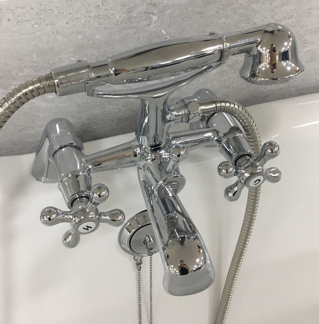Design S Traditional Style Bath Shower Mixer Tap Chrome