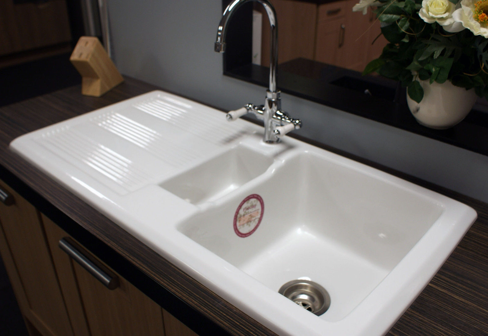 Rak Ceramic Kitchen Sink 1.5 Bowl 10 Year Rak Guarantee With ...