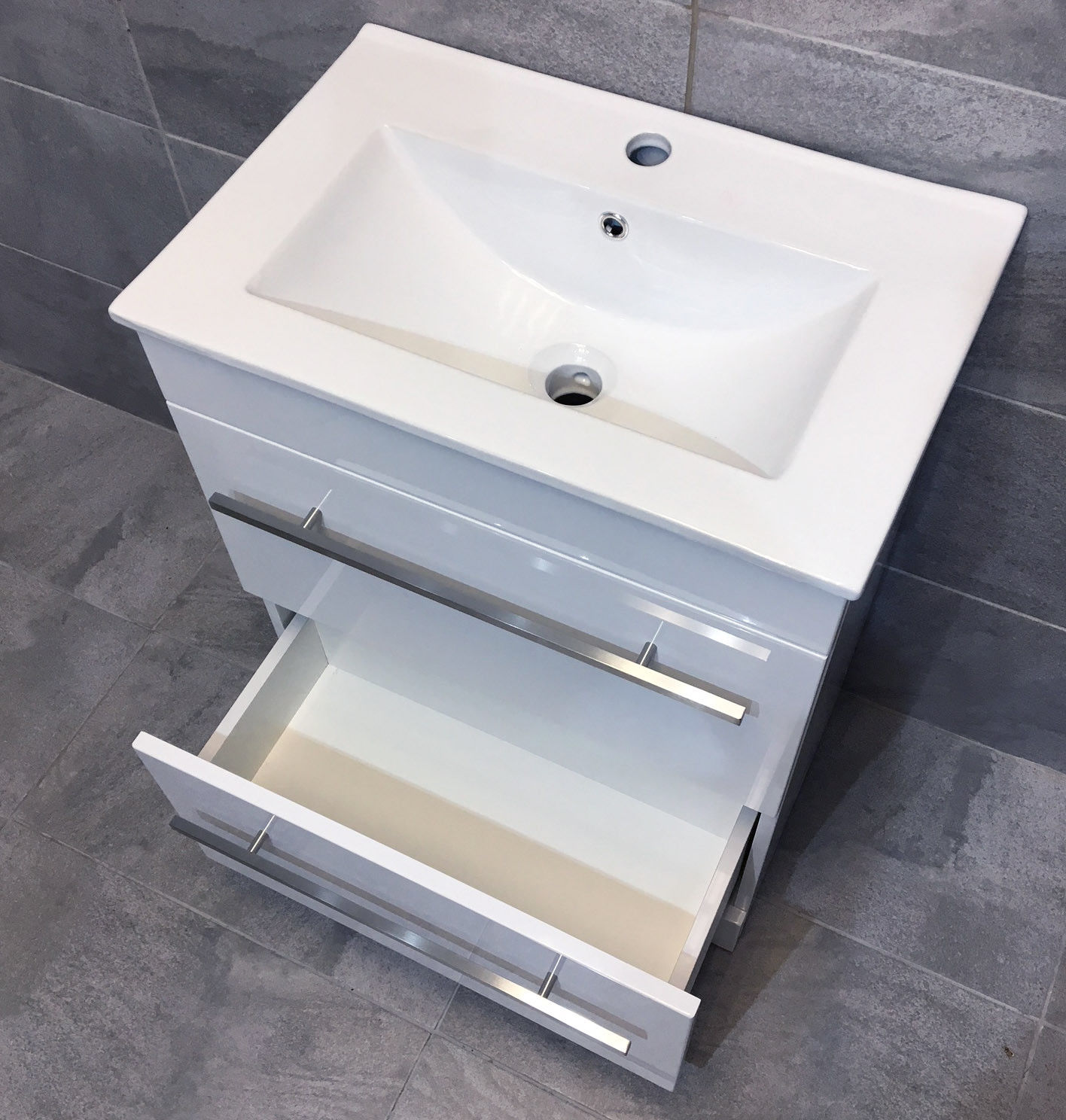 savu 600mm square vanity unit ceramic basin sink unit. Black Bedroom Furniture Sets. Home Design Ideas